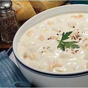 New England Clam Chowder 32oz. Quart